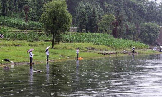 春季自然水域钓鱼怎样选择钓点