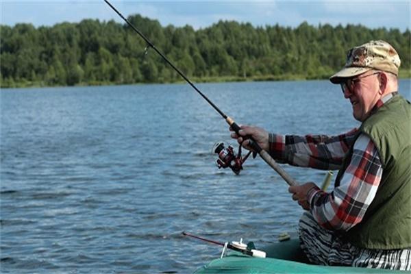 常见垂钓鱼类在水体中的生活层次介绍