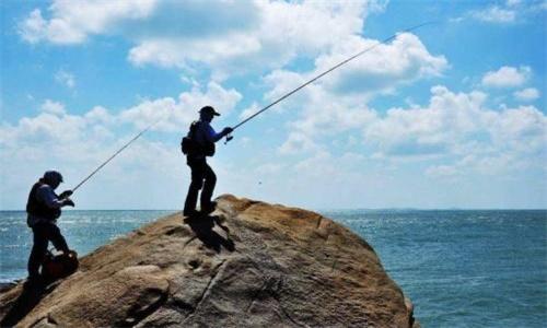 不同水层的海鱼钓点怎么选