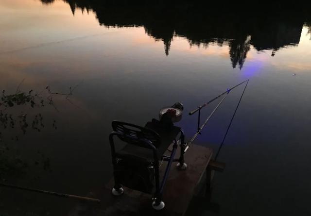 入冬后还能夜钓吗?只要不怕冷,夜钓就能带给你惊喜
