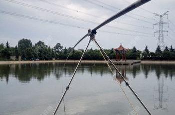 传统钓朝天钩的专用立漂加粗尾的制作方法