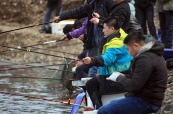 野钓鱼情复杂,调漂钓灵还是钓钝?2个技巧解析