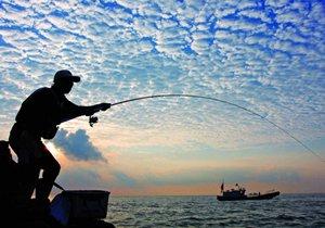 新手用海竿钓鱼必须注意的五大问题