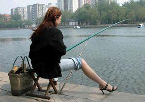 秋季水库钓鱼心得体会 麦粒打窝长竿钓深水