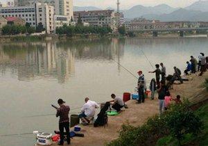 水库涨水如何钓鱼 垂钓涨水鱼的经验
