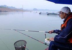 水库湖泊台钓的选位、用饵、调钓的技巧
