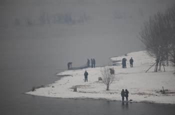 冬季降温自然水域鱼口轻该如何调钓?解析2调钓技巧